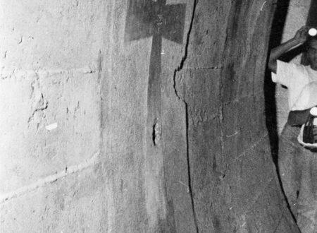 Il tunnel della marina militare di Cagliari e la croce al suo interno