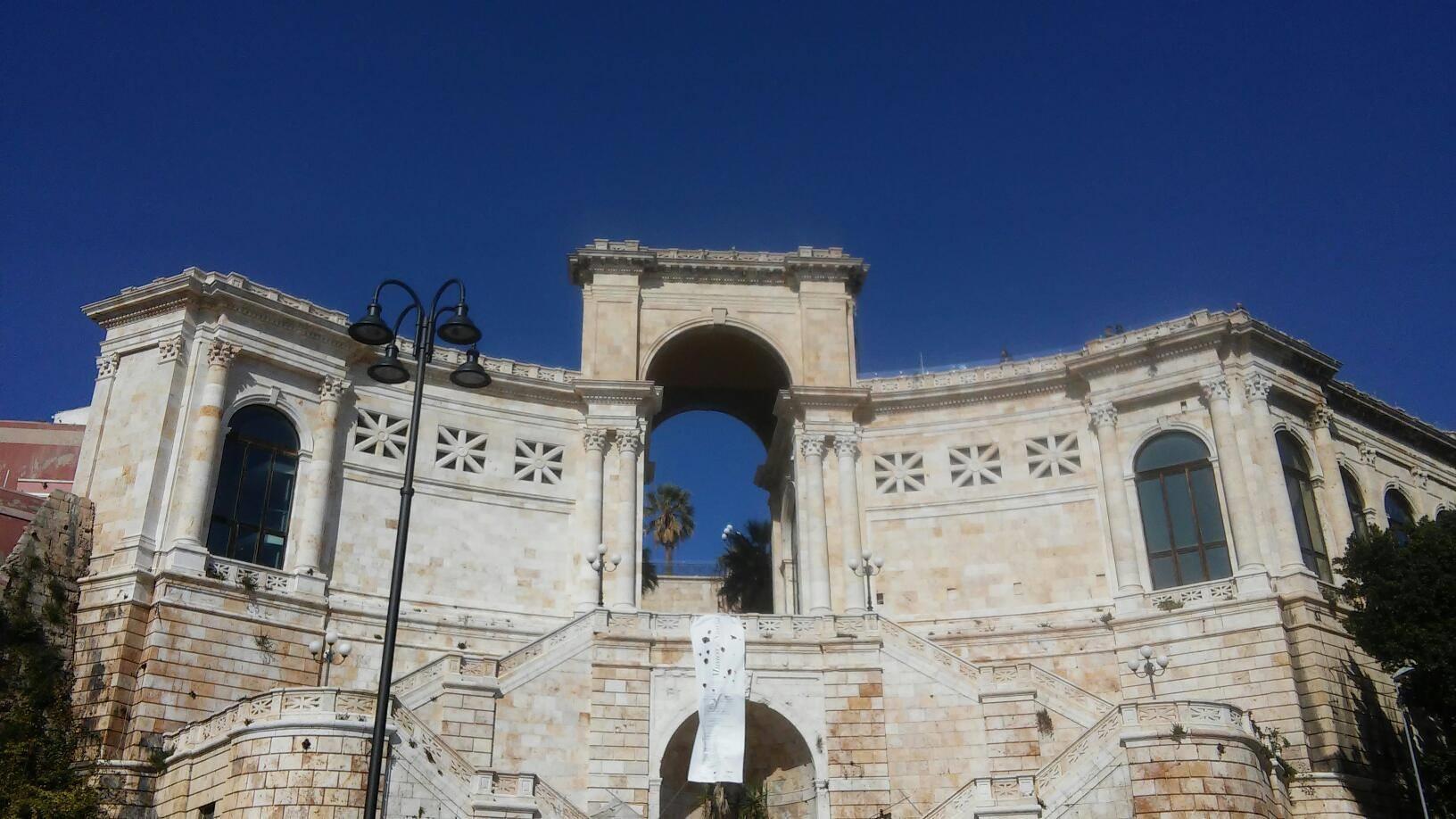 Cosa vedere e cosa fare a Cagliari: monumenti da visitare a